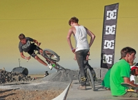 3_biker015.jpg